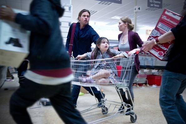 world-war-z-movie-supermarket-shopping-cart